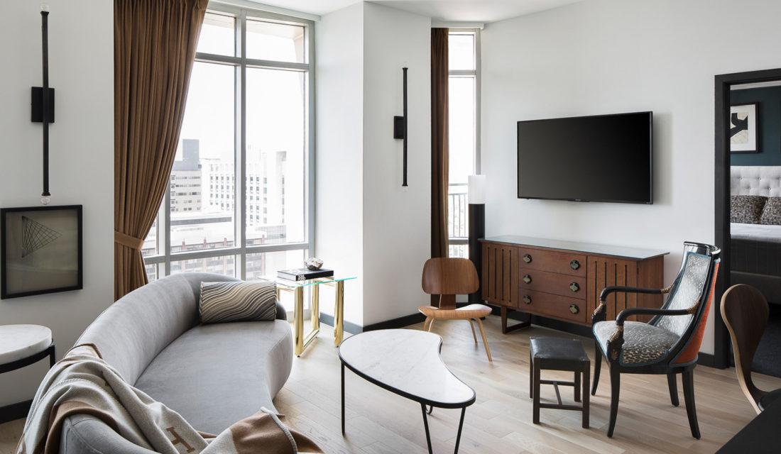 Megan Lorenz Shapes Gorgeous Light In A St. Louis Apartment