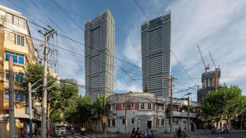 Shanghai Undressed – Exposing the Mega-City's Skyscrapers in Their Natural Habitat